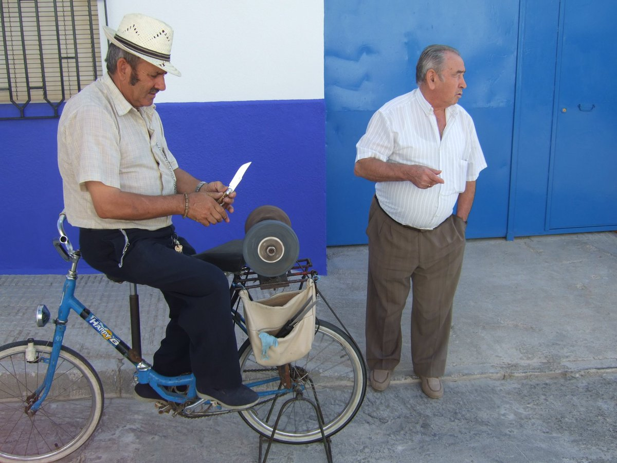 これは間違っている?駐輪場での自転車の止め方!