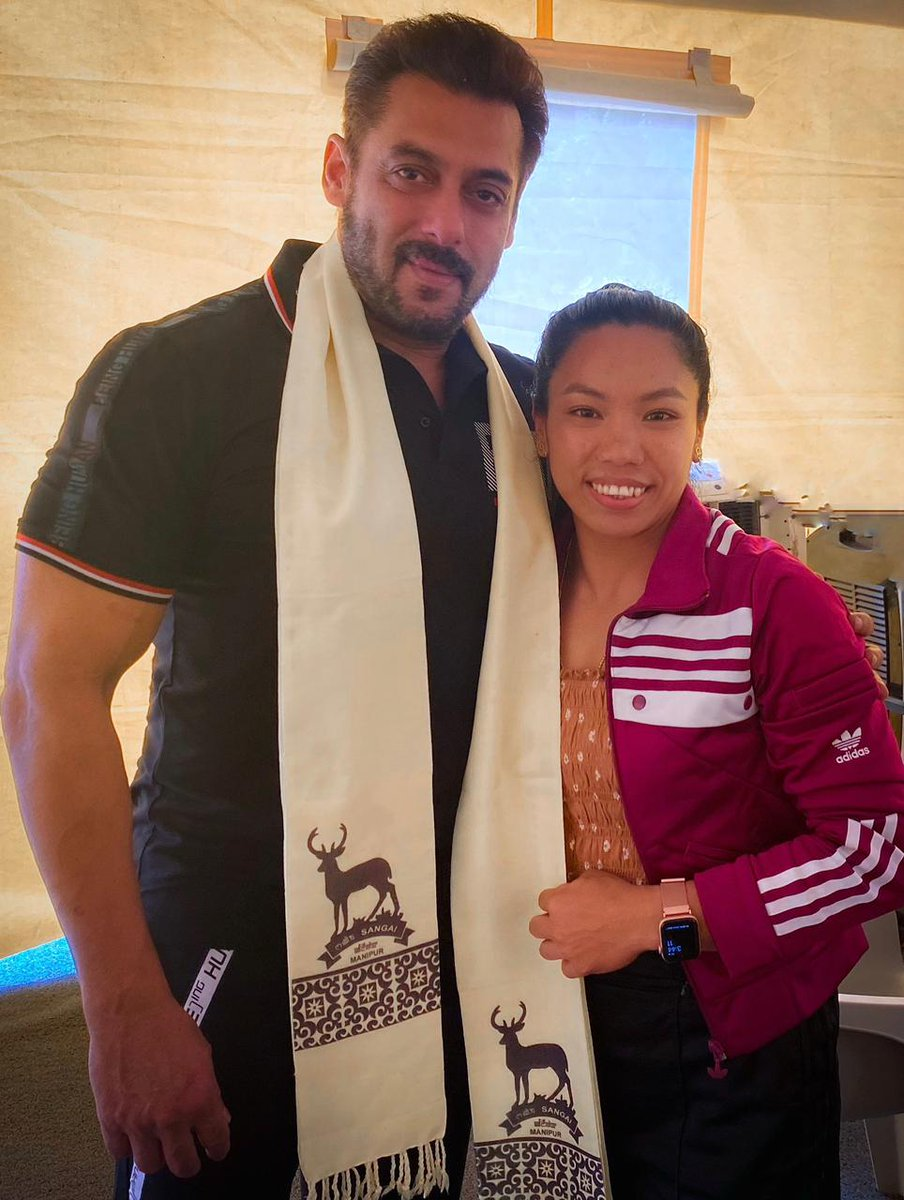 @BeingSalmanKhan: Happy for u silver medalist @mirabai_chanu .. lovely meeting with u … best wishes always!