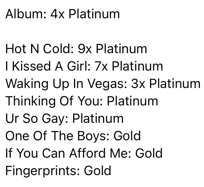 Katy Perry  - Σελίδα 46 E8hxG8XVUAEdiLS?format=jpg&name=900x900