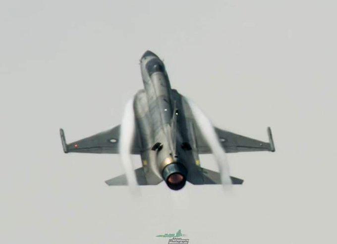 انتاج مقاتلات JF-17 Thunder Block III الباكستانيه  سيبدأ خلال العام الجاري  E8lVAYvXoAMWHhD?format=jpg&name=small