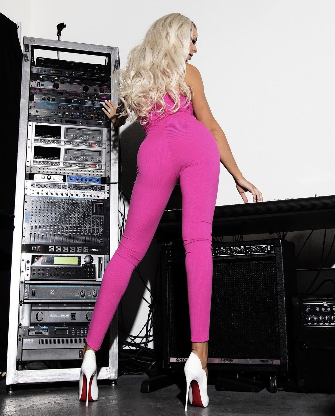 WWE Diva Maryse Posts Hot Photos In Revealing Pink Outfit 64