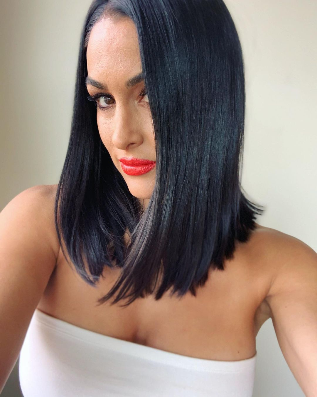 Photos: WWE Star Nikki Bella Shows Off New Hair Makeover 19