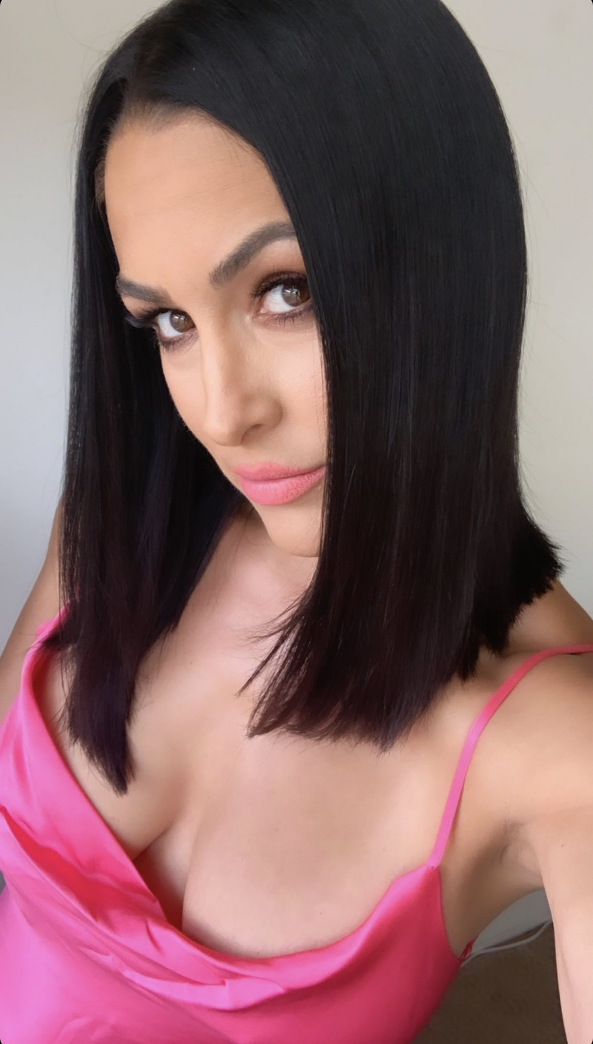 Photos: WWE Star Nikki Bella Continues To Show Off Following New Hair Makeover 178