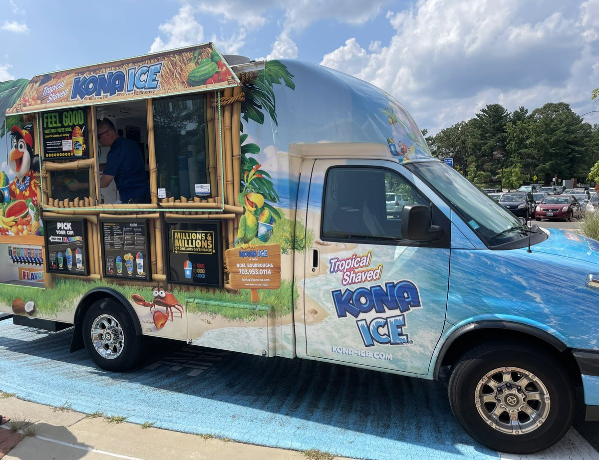 Thank you, Abingdon Admin for the sweet treat!! Great way to end preservice week. Highly recommend Kona Ice, YUM!! <a target='_blank' href='http://twitter.com/AbingdonGIFT'>@AbingdonGIFT</a> <a target='_blank' href='http://search.twitter.com/search?q=ABDRocks'><a target='_blank' href='https://twitter.com/hashtag/ABDRocks?src=hash'>#ABDRocks</a></a> <a target='_blank' href='http://twitter.com/AbingdonElem'>@AbingdonElem</a> <a target='_blank' href='https://t.co/h4boSQnC8L'>https://t.co/h4boSQnC8L</a>
