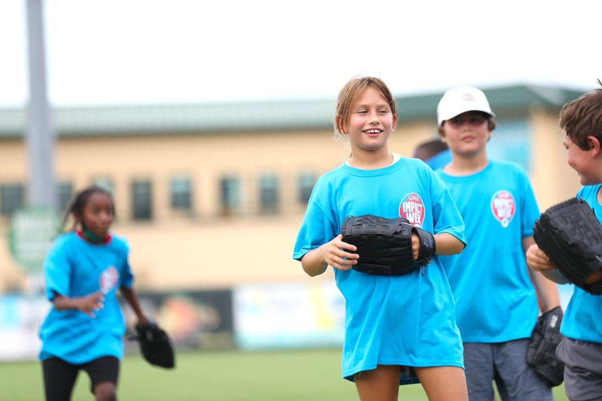Impact Week presented by @UKGInc took over @RDCstadium today for a Baseball & Softball Field Day! Kids received mentoring from Marlins Minor League players in the fundamentals of batting, pitching, base running and more! #ImpactWeek #MarlinsImpact