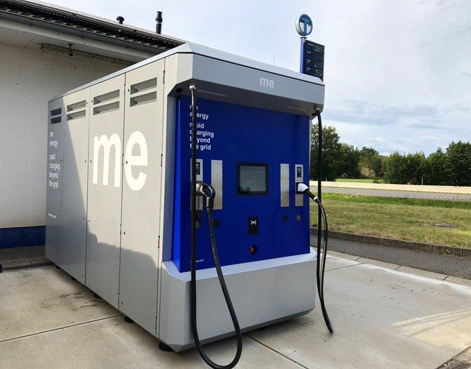 Elektroauto aufladen ohne Anbindung ans Stromnetz? Startup