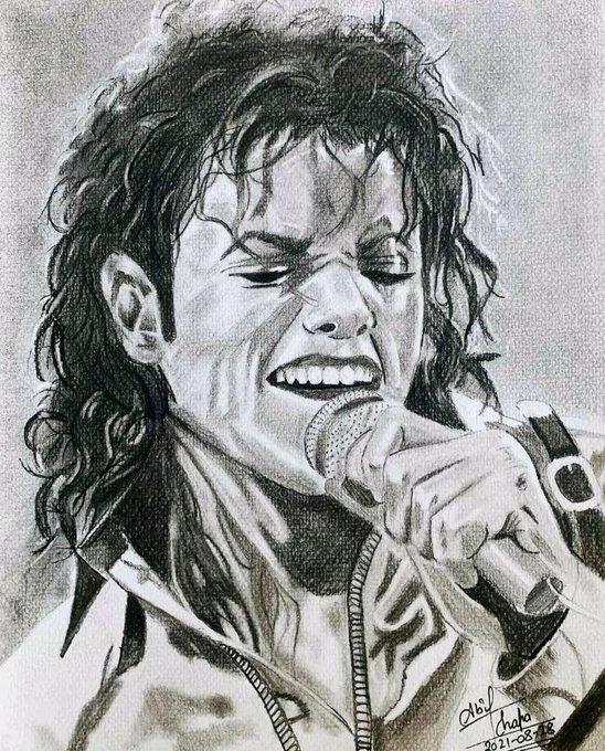 "Happy birthday to the \""King of Pop\"" Michael Jackson"