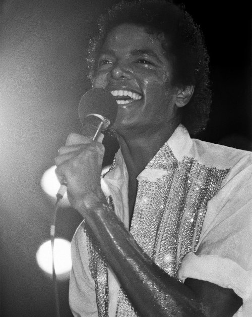 Happy birthday to my favorite human being that ever existed, Michael Jackson!!