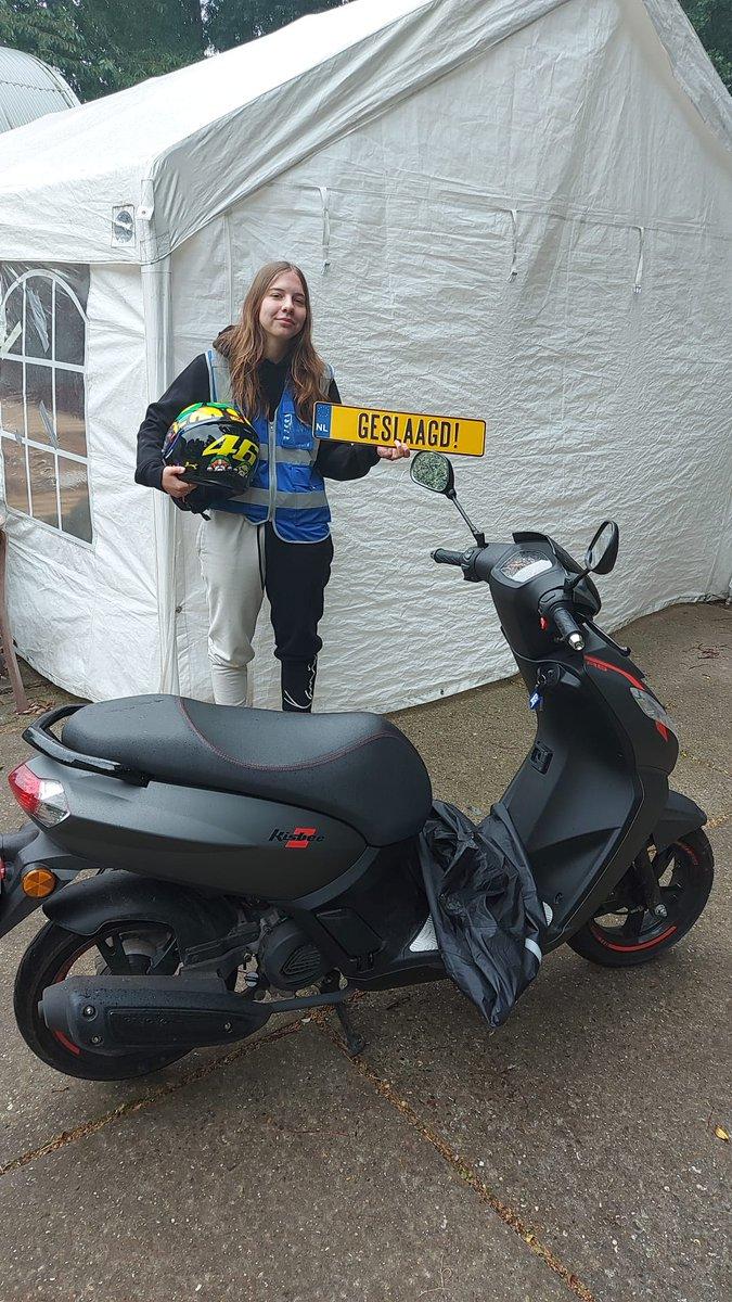 test Twitter Media - Marloes Gerritsen vanaf nu mag je op pad met je Derby. Van harte gefeliciteerd met je scooter rijbewijs AM2. https://t.co/YfzQy0PYLc