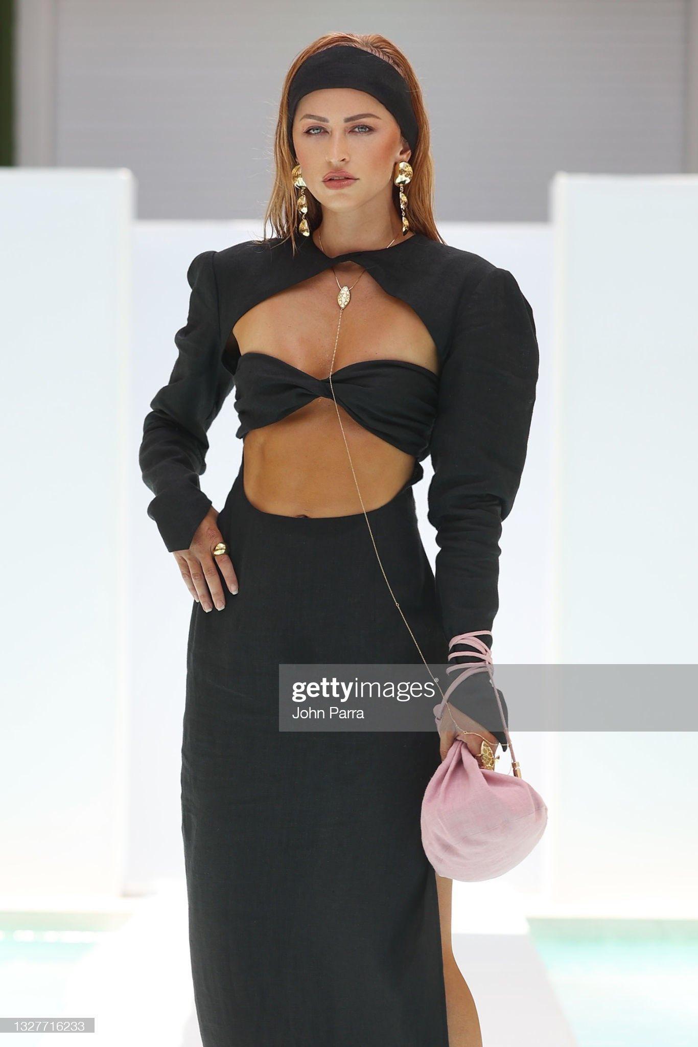 Ex WWE Diva Summer Rae Inspires Fans; Shares Favorite Miami Fashion Week 2021 Looks 1