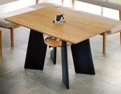 『このテーブル欲しい』という奥さんの夢を実現!旦那さんのDIYに大注目!