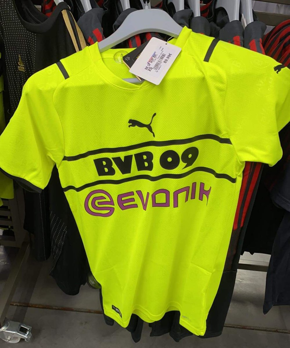 Borussia Dortmund 2021-22 Cup Kit