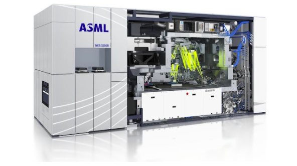 ASML is the most important company you've never heard of.  The $300B+ Dutch firm makes the machines that make semiconductors. Each one costs $150m and access to them are a huge geopolitical flashpoint.   Here's a breakdown 🧵