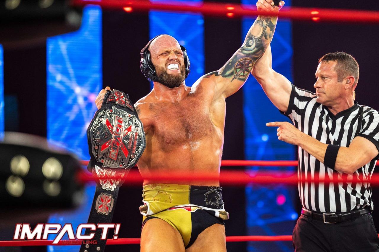 Josh Alexander retuvo el título X Division en este especial de IMPACT Wrestling