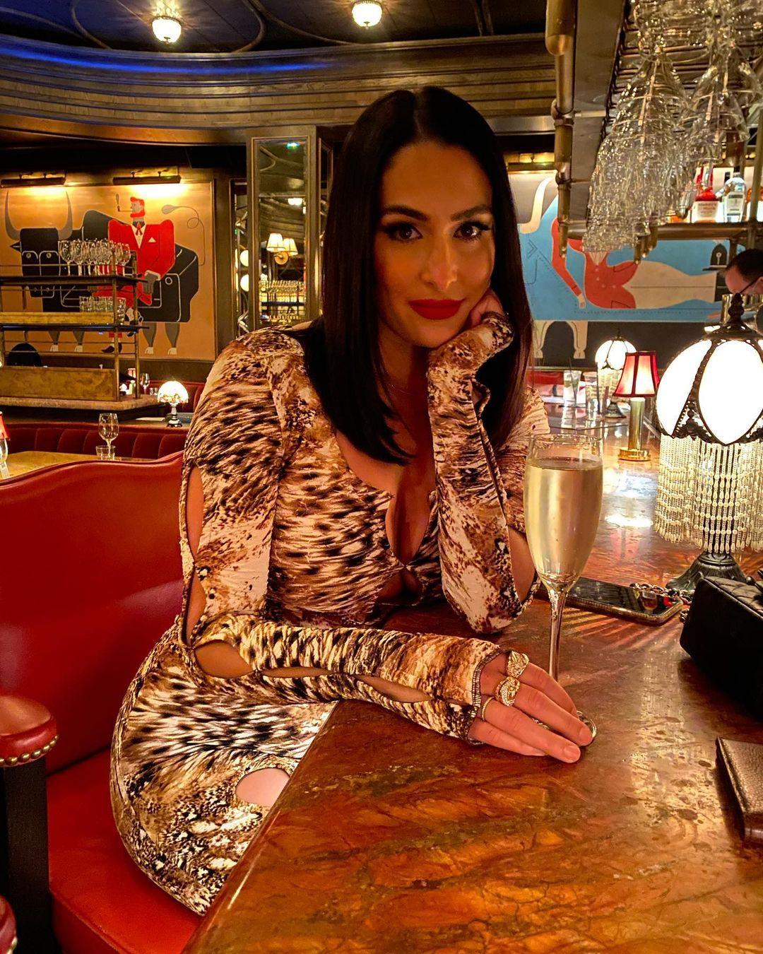 Photos: Nikki Bella Spends Time At Bar After WWE Summerslam 2021 Ban 137