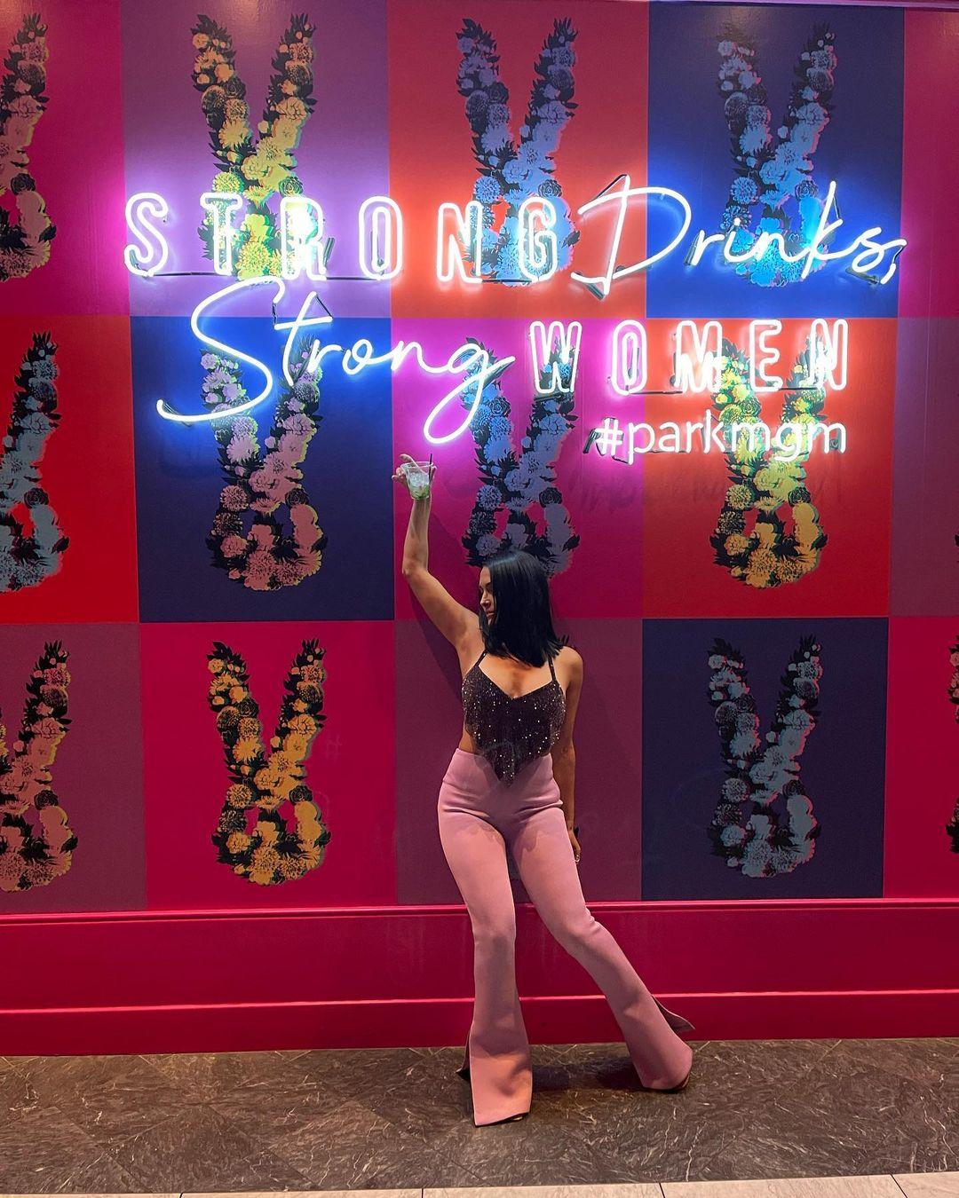 Photos: Nikki Bella Spends Time At Bar After WWE Summerslam 2021 Ban 135