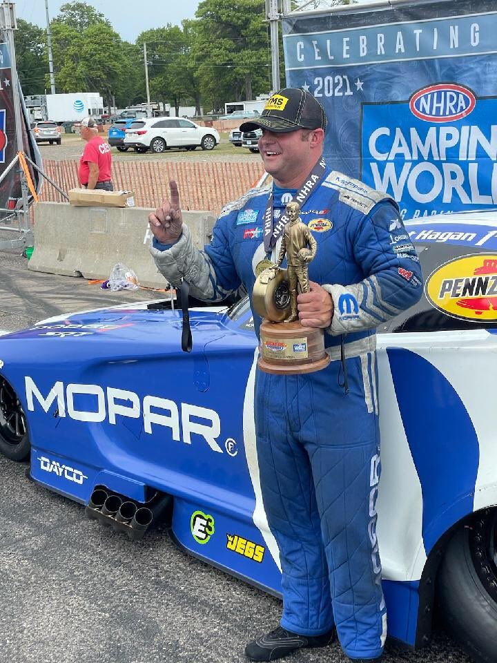 test Twitter Media - Congrats to the new @nhra Funny Car points leader @MattHagan_FC You kicked ass today at @BIRrace during the @Lucas_Oil Nationals. Way to go @shoeracing #tms15 #titanium https://t.co/SrxTCONQqh