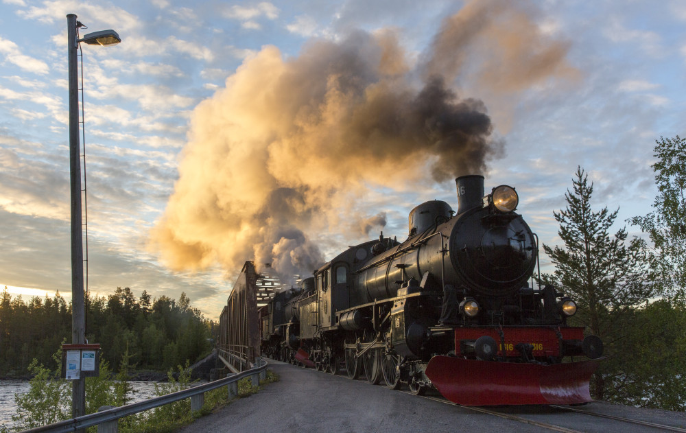 En legendarisk tågresa genom Europas sista vildmark gör comeback https://t.co/0k8hztYdfF https://t.co/SKsbM2o5D6