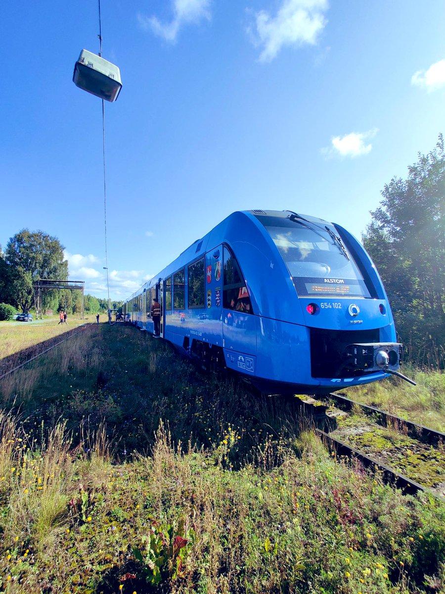 Tänk att idag var den dag det skulle gå vätgaståg på Inlandsbanan, först i Sverige. #vätgas #inlandsbanan #infrastruktur https://t.co/l7rh6tdEMr