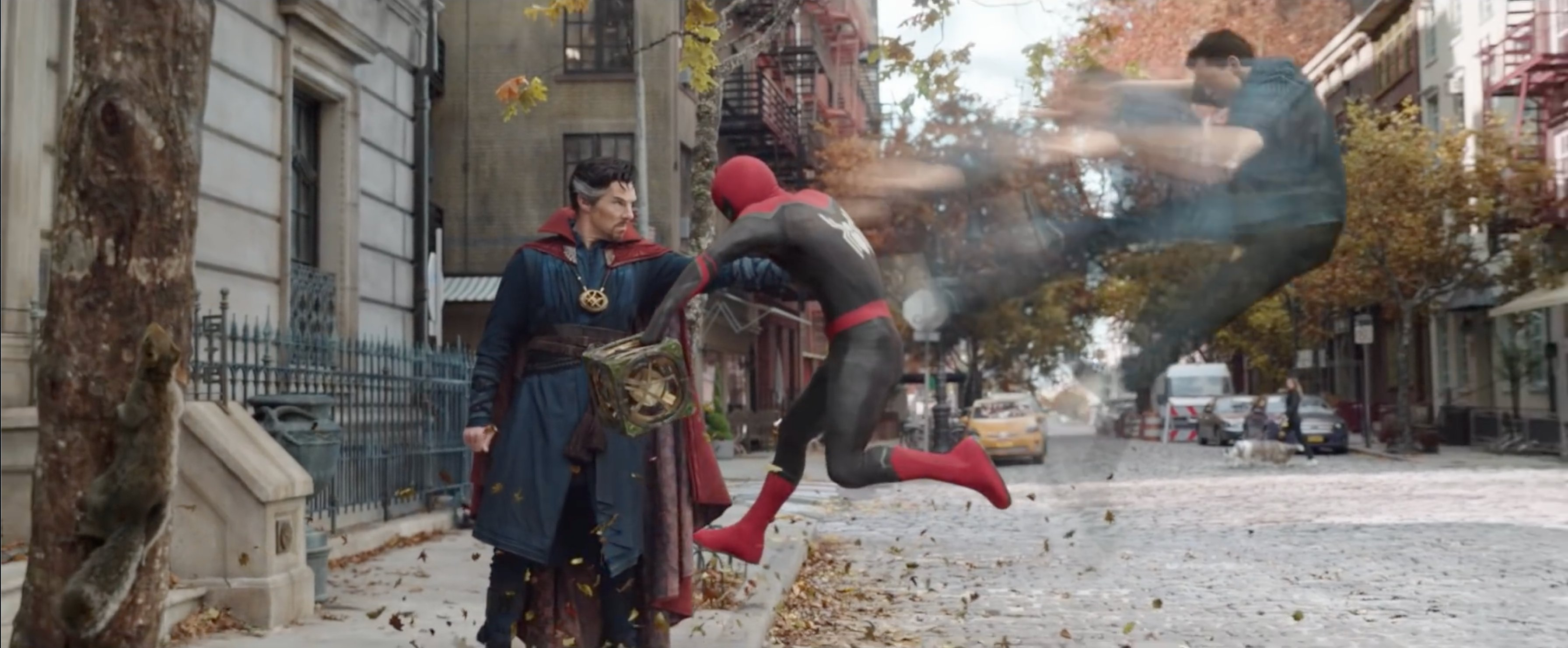 """Doctor Strange (Benedict Cumberbatch) on the left and Spider-Man (Tom Holland) on the right """"Spider-Man: No Path Home"""" (2021)"""
