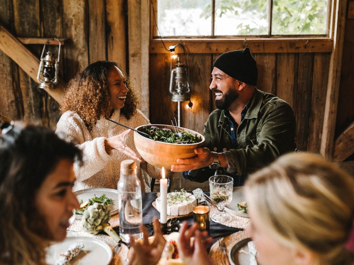 Landsbygder till lunch? Ja, varsågod! Nu bjuder vi in till fyra mycket informella digitala lunchkaféer tillsammans med @Landsbygdsnatve. Anmäl dig till vårt första lunchcafé här: https://t.co/J9L4xDwTNb https://t.co/iMIu5tr8ah