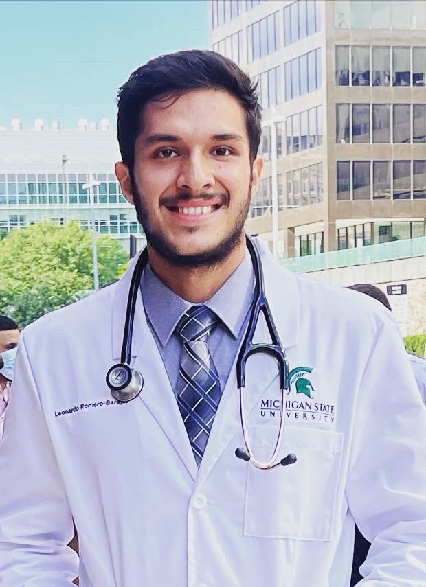 Congratulations to our #FaceOfScience scientist Leo Romero for starting #medschool at the MSU College of Human Medicine! 🙌🎉🩺  Watch his episode at https://t.co/8BWzIGRzAS 🎥🎬 @leoromero2330 @reBUILD313 @MSUMD @NIHdpc