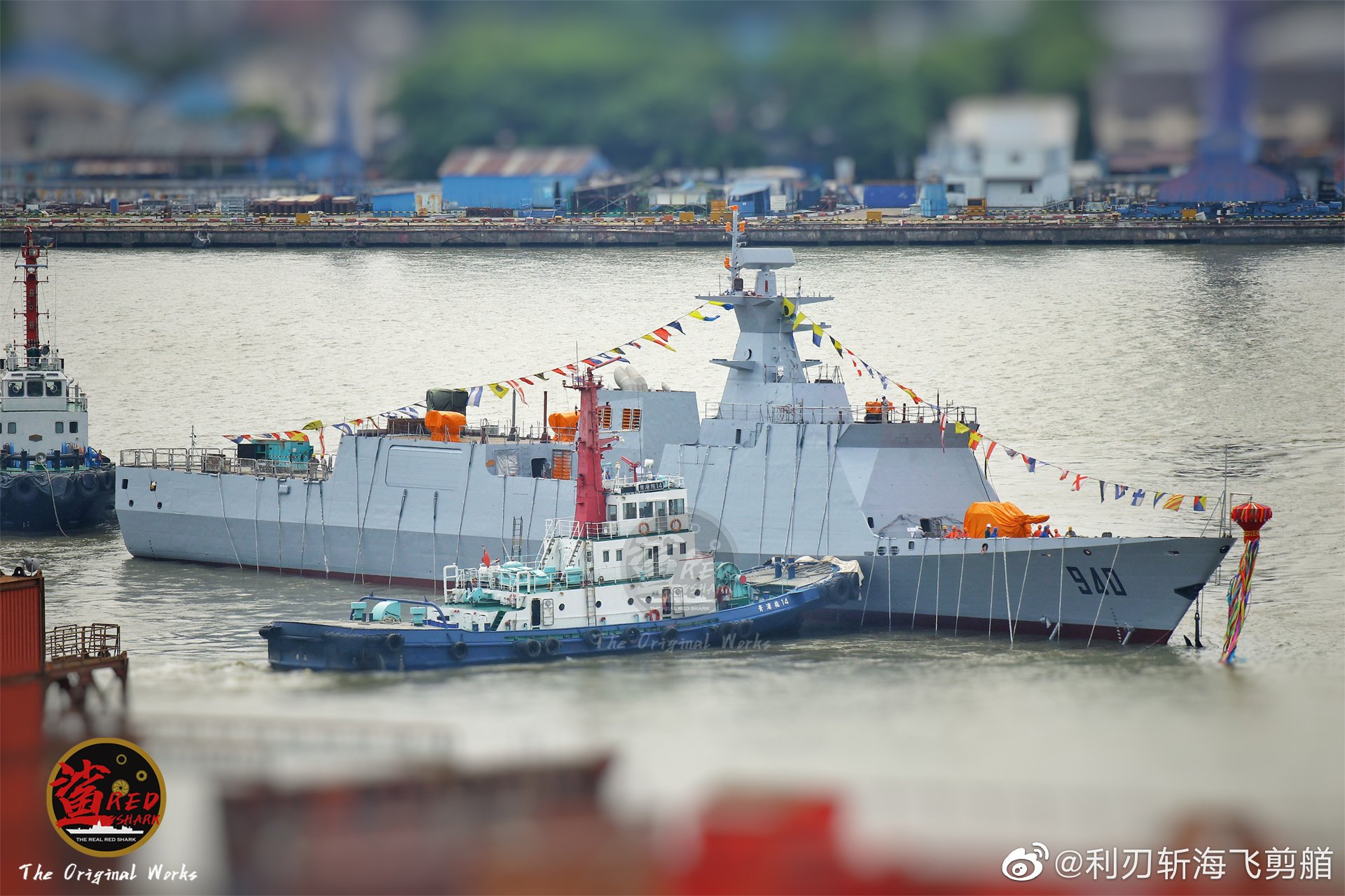 الجزائر تقتني 6 سفن حربية صينية مجهزة برادارات حديثة E9jyb3hX0AYXlJ-?format=jpg&name=large