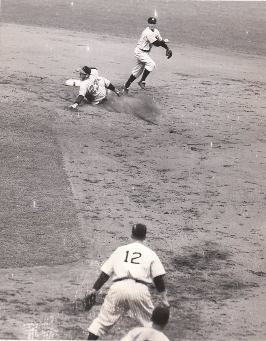 Frank Crosetti completing a double play in the 1939 World Series. Babe Dahlgren awaits the throw as Cincinnati's Harry Craft slides in to second. https://t.co/pGOULuHClc