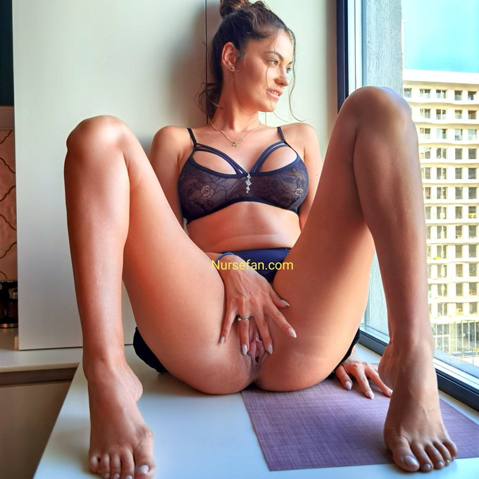 2 pic. Don't tell my neighbors that I was naughty at the window!💦 Link in comments👇to see the video https://t