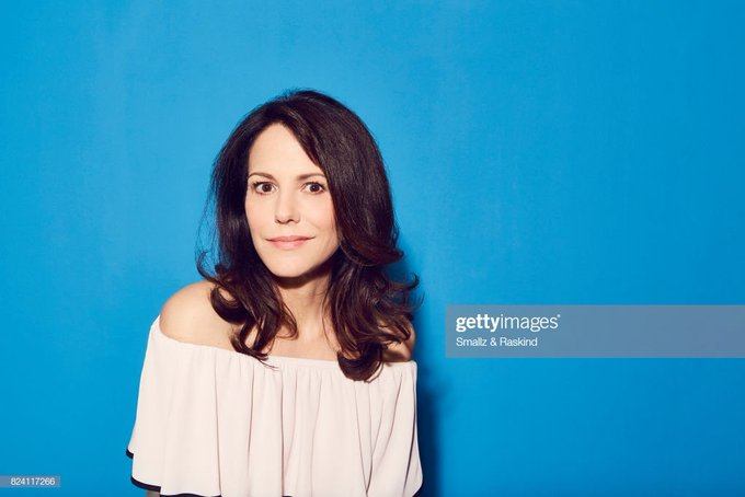 Happy birthday Mary-Louise Parker! \90 winner for PRELUDE TO A KISS