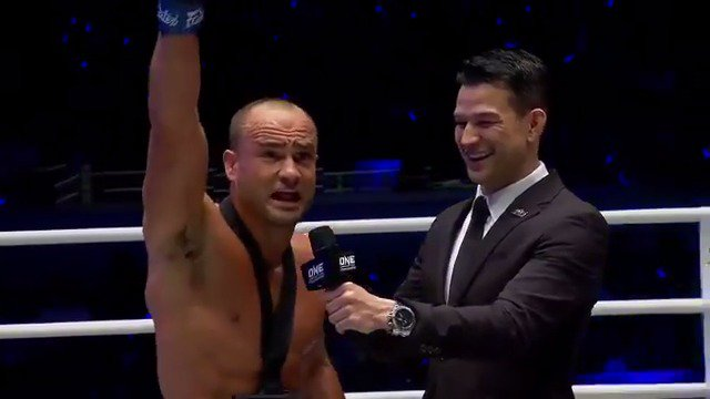 """""""The Underground King"""" on the mic right after his CRAZY comeback win 🎤 @Ealvarezfight #WeAreONE #DawnOfHeroes #Manila #MartialArts"""