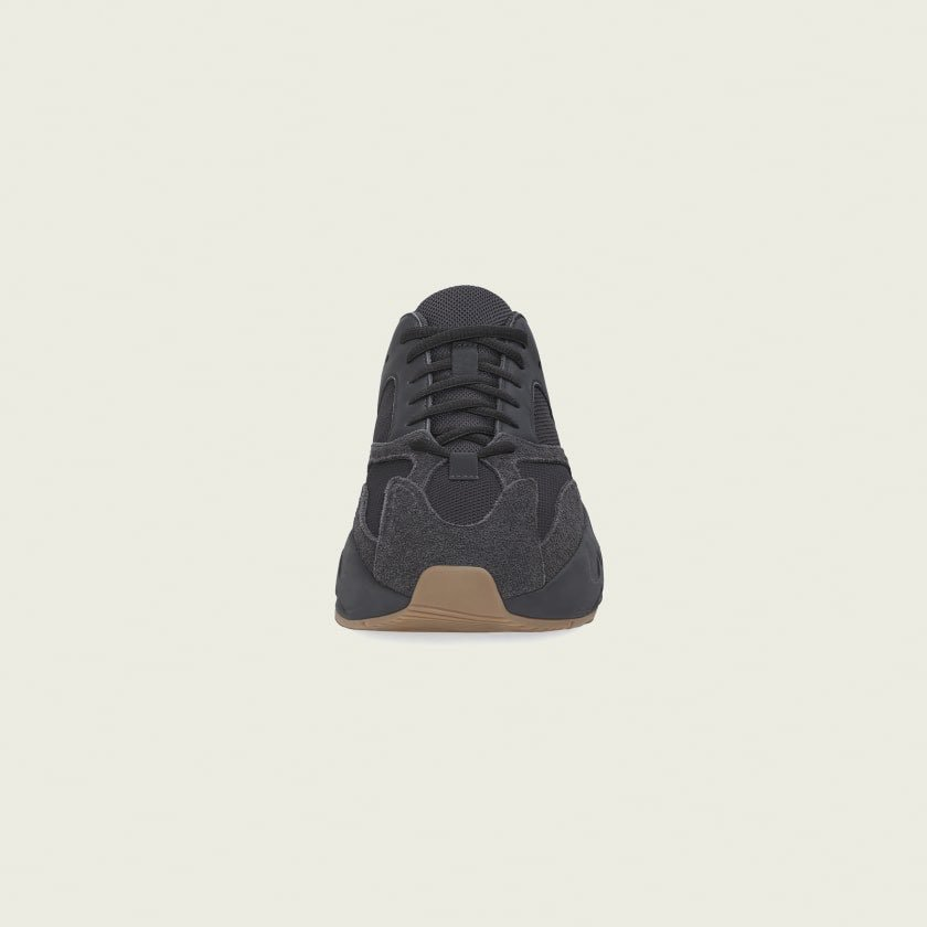 super popular 9400b eafbe A thread written by @TeamKanyeDaily: