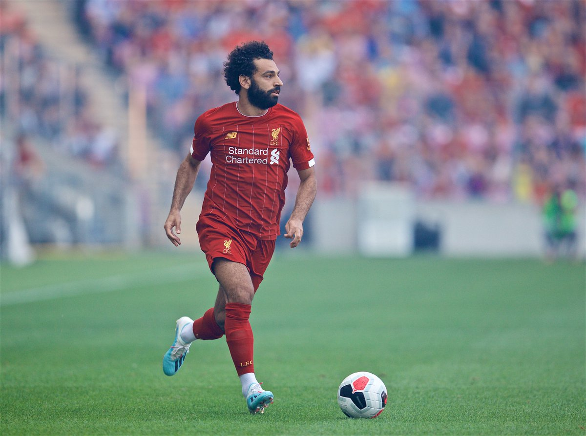 15' - Mo Salah cuts in from the right but his long-range effort goes over the bar.   [0-1] #LFCPreSeason <br>http://pic.twitter.com/cg5kq1Ykvg