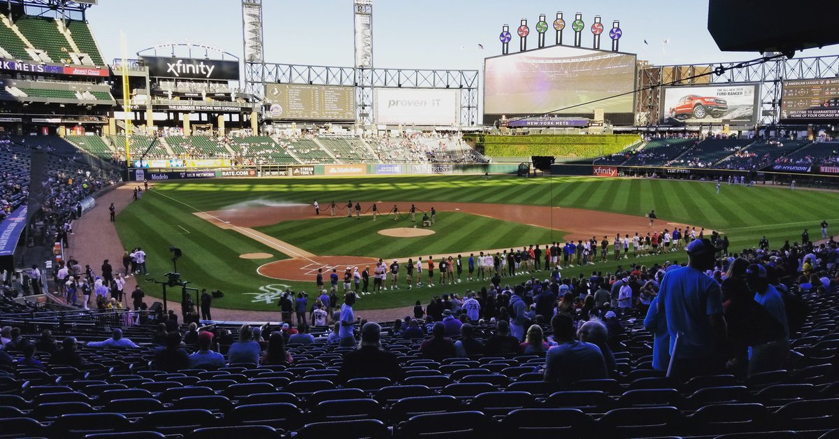 Another fun stop for your @BrightsparkUS group a @whitesox game! #potomactours #seetheusa #Chicago #sox #WhiteSox <br>http://pic.twitter.com/nl1hm2HfJO