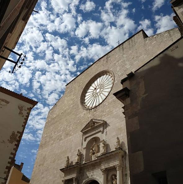 RT @costadauradatur @VisitaValls: Bon dia! ⛪ La façana de lesglésia de Sant Joan de Valls té una rosassa central obra del mestre vitraller Giacomo Carnobali. 📸 @cal_macari a Instagram. #patrimonivallenc #AltCamp #VisitaValls #CostaDaurada #Valls