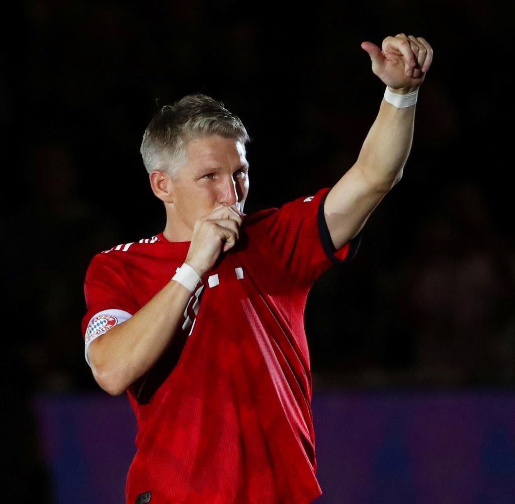 Happy Birthday to FC Bayern and Germany legend Bastian Schweinsteiger