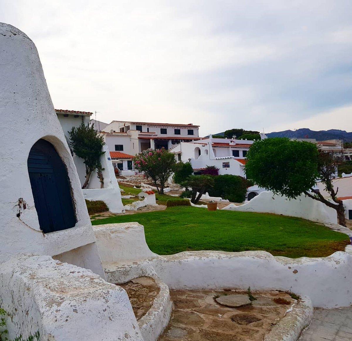 RT @costadauradatur @Mar_i_Muntanya: Les casetes blanques de lAlmadrava, la nostra petita Eivissa... Foto: @mvives67 Las casitas blancas de la Almadrava, nuestra pequeña Ibiza... Foto: @mvives67 #CostaDaurada #Almadrava #Hospitaletdelinfant