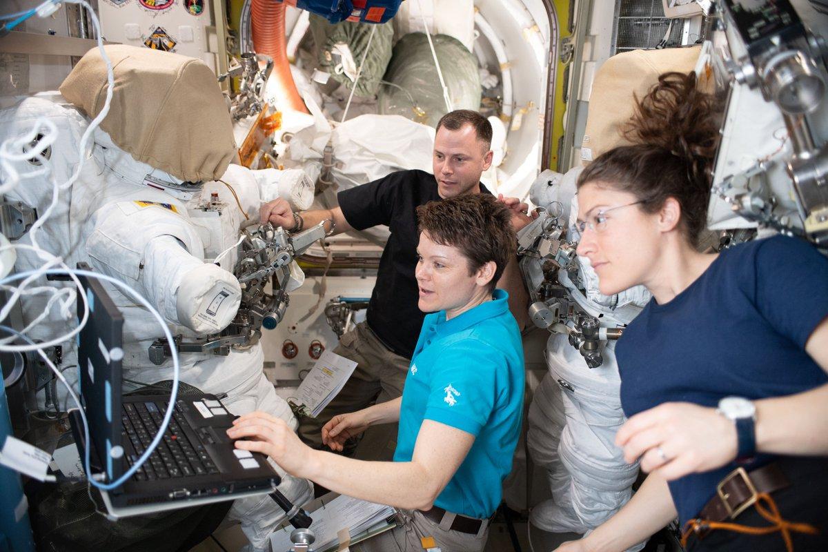 masturbation-on-the-international-space-station