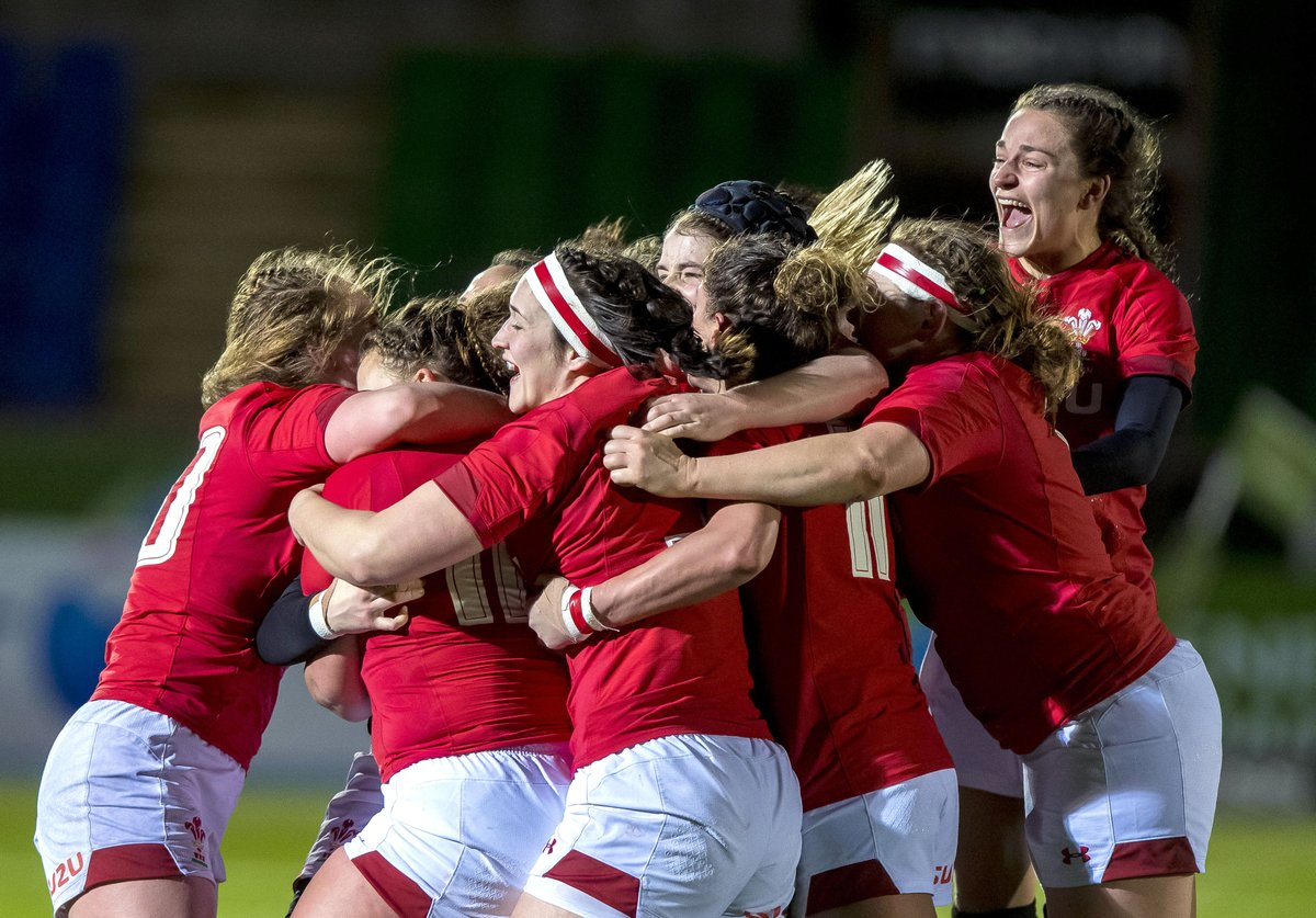 Celebrating with your rugby family! Who are your Rugby sisters?  #SistersDay