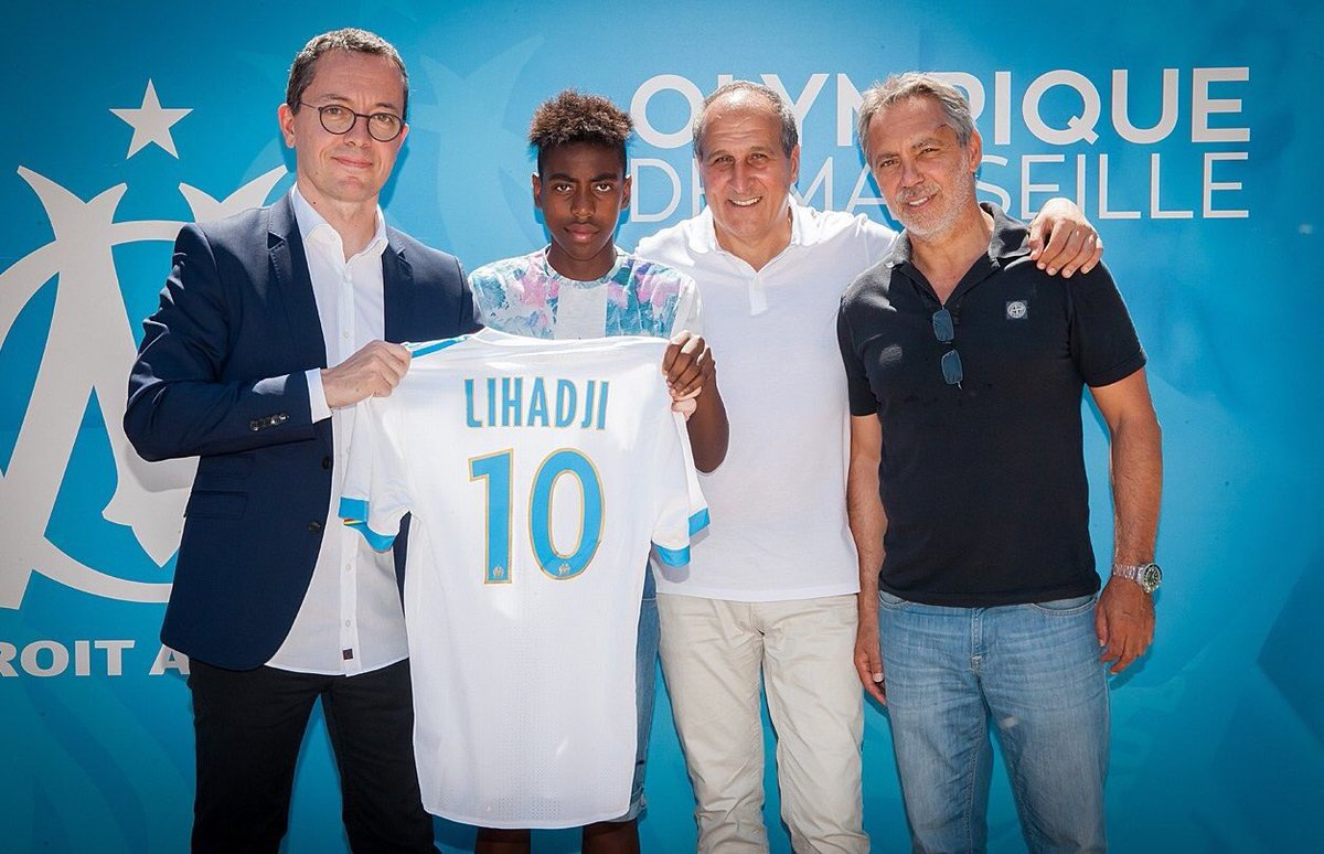 Barça follow the French winger Isaac Lihadji. He is 17 years of age and is participating in preseason with Marseille, but has not yet renewed. Manchester United, City and Everton want him too. He has a La Masia past. [sport] <br>http://pic.twitter.com/F3YC3Wy7UK