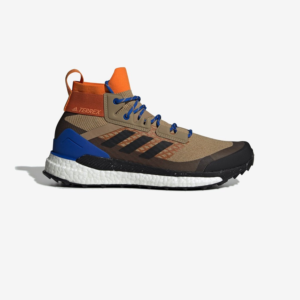 8f948990 The @adidas Terrex Free Hiker is now available online & in-store (Paris,  London, Berlin, Stockholm) --- http://bit.ly/2OAdgy7 pic.twitter .com/5Wci1N1fgy