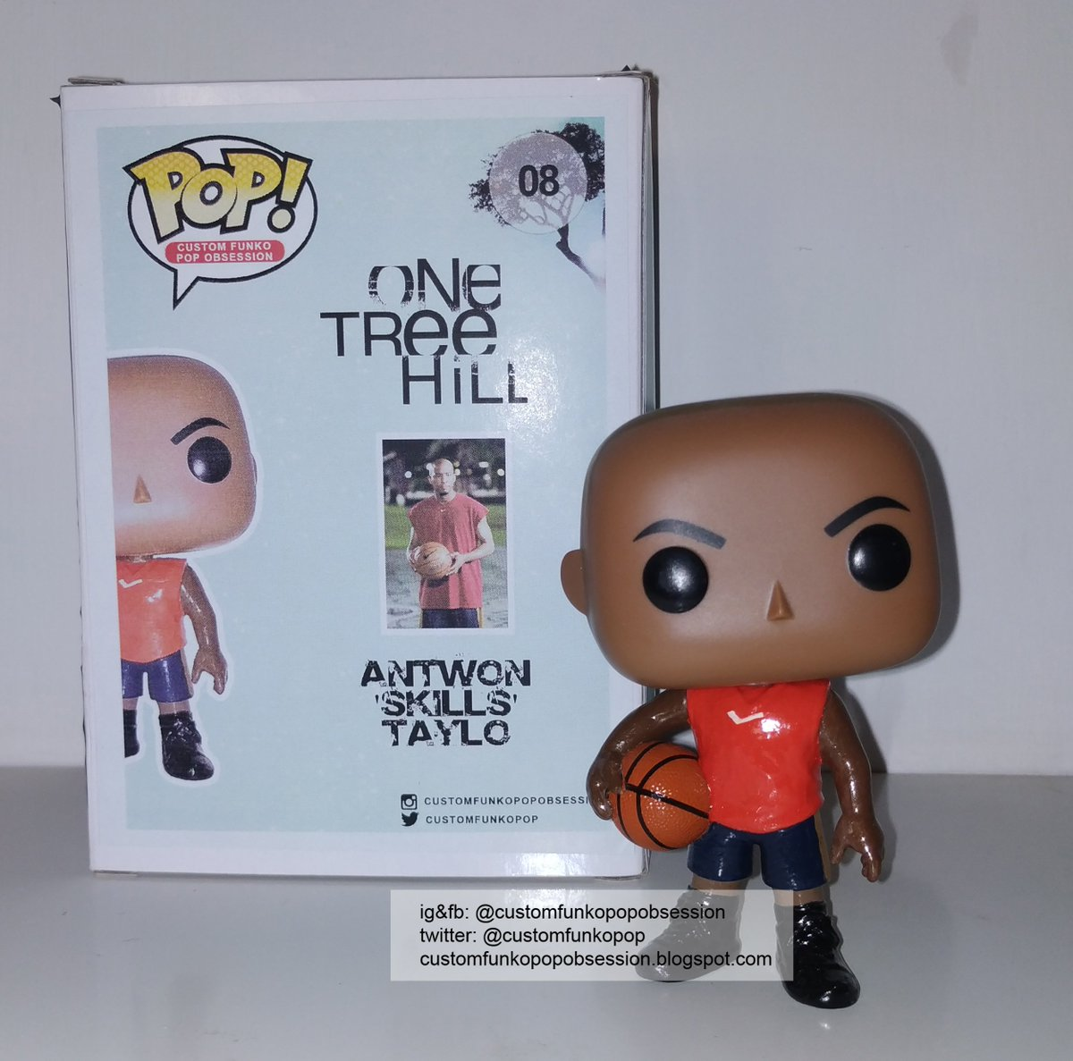 our custom funko pop of Antwon 'Skills' Taylor (Antwon Tanner) from One Tree Hill.  http://customfunkopopobsession.blogspot.com/2019/07/one-tree-hill-custom-funko-pop-of_26.html …  If you're interested in buying, send a dm.#FunkoPop #CustomPop #PopVinyl #CustomFunkoPop #CustomBox } [#OnceTreeHill #AntwonTanner #AntwonTaylor @antwon_tannerpic.twitter.com/BRUn21Uqc4