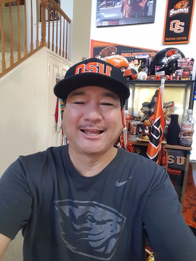 Day 6775 of Beaver Pride - Dick Fosbury has a civil engineering degree, in addition to a gold medal. <br>http://pic.twitter.com/Ff8cmJbd2T