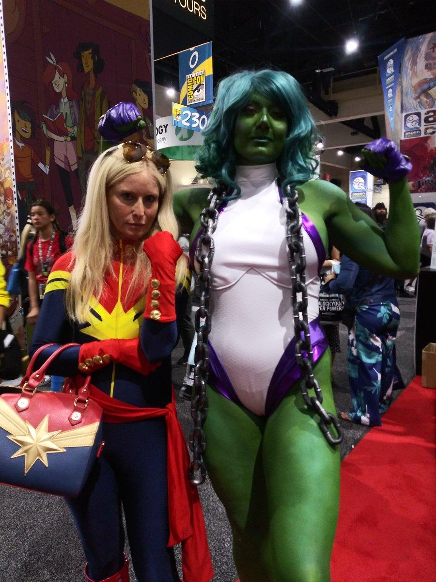 #MarvelSDCC #SheHulk #CaptainMarvel Cheers to the smashing women!