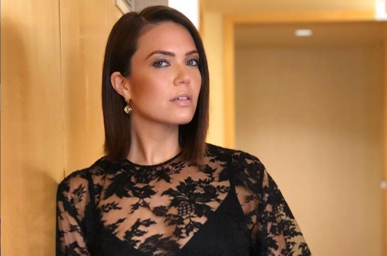 """Mandy Moore is """"blown away"""" by her first Emmy nod https://t.co/gpeI3aJ7f2 https://t.co/YlfbGtlJL0"""