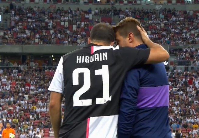 Gonzalo Higuain avec le numéro 21 (📸 @juventusfans)