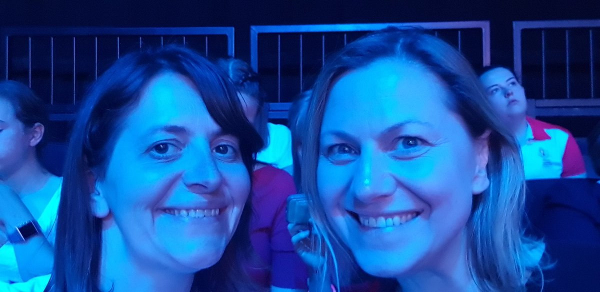 Sitting in the #blueseats with @janelcbaker for the #vitalityworldcup #thisisnetball finals day. Come on 🌹🌹🌹!