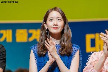 "[PHOTO] 190717 Yoona - ""EXIT"" Media Movie Preview Event EAAYfrBUIAU_UtU?format=jpg&name=360x360"