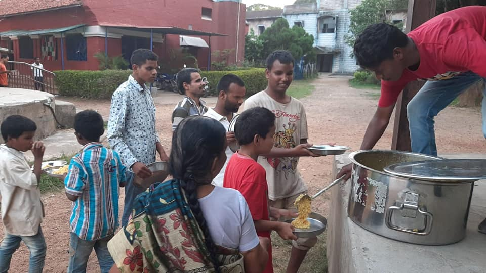 #Jharkhand #Citizen #Social #Security #Protection #Group taking care of surplus food at #Yogada #Satsanga #Math by bringing it at the right place.  Kudos Manjit Singh and Manoj for making it happen at the right moment.