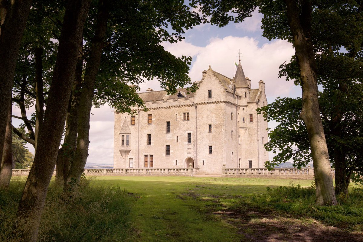 Edinburgh Castle isn't the only #castle that the city has to offer. In our blog, our boutique hotel explores some of the Scottish capital's secret castles! Read more...http://bit.ly/31tM6ez #visitscotland #history